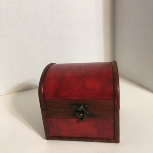 Small Chest Style Wooden Trinket Box!